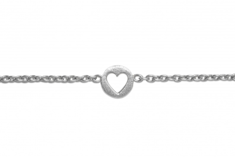 LULU BraceletStudio CutOutHeart Silver Close